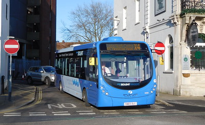 First Solent 63302 - SN65OLE - Portsmouth (The Hard)