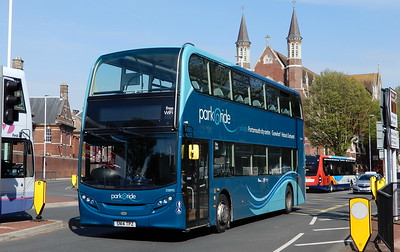 First Solent 33895 - SN14TPZ - Portsmouth (Queen St)