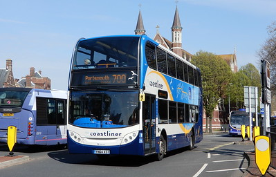 Stagecoach in Portsmouth 15989 - YN64XST - Portsmouth (Queen St)