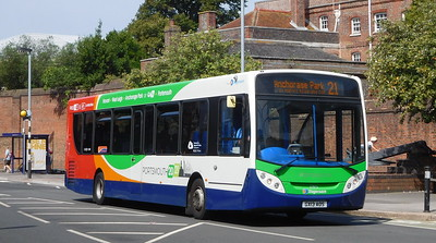 Stagecoach in Portsmouth 27872 - GX13AOS - Portsmouth (Queen St)