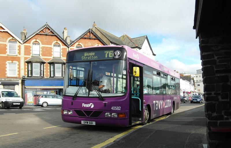First Devon & Cornwall 40582 - UHW661 - Bude (Strand) - 31.7.13