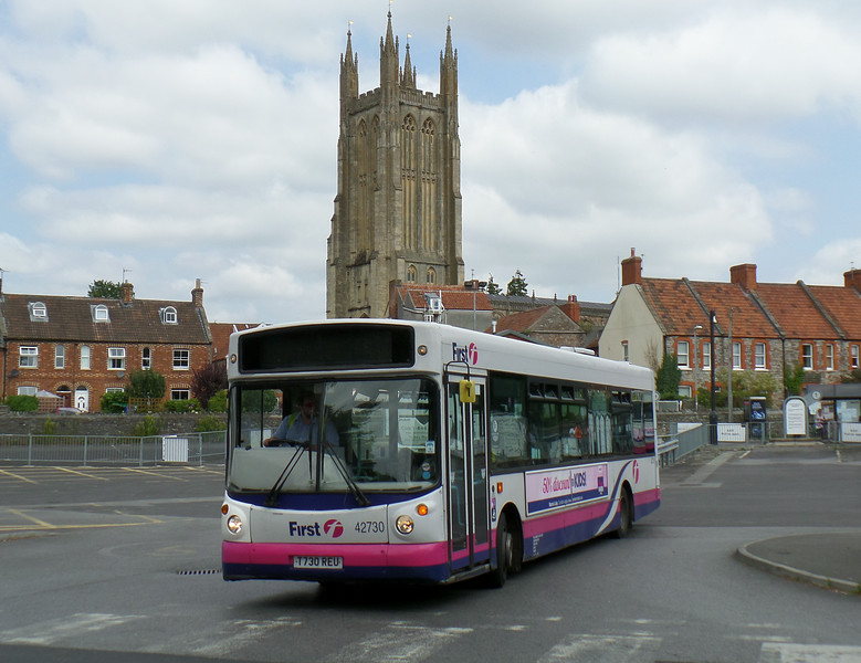 First in Bristol & Avon 42730 - T730REU - Wells (bus station) - 30.7.14