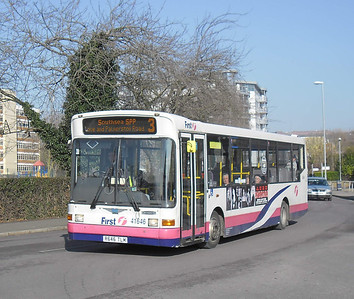 First Hants & Dorset 41646 - R646TLM - Cosham (Highbury Buildings) - 11.02.12