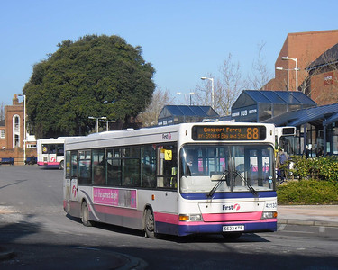 First Hants & Dorset 42133 - S633KTP - Fareham (bus station) - 11.2.12