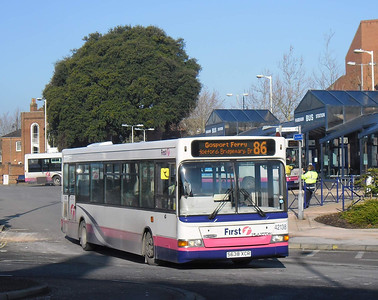 First Hants & Dorset 42138 - S638XCR - Fareham (bus station) - 11.2.12