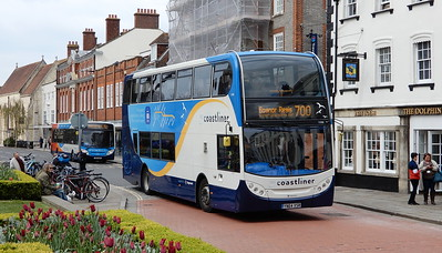 Stagecoach South 15988 - YN64XSR - Chichester (West St)