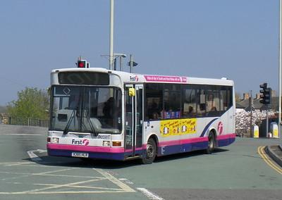 First Cymru 41385 - X385HLR - Bridgend (bus station)