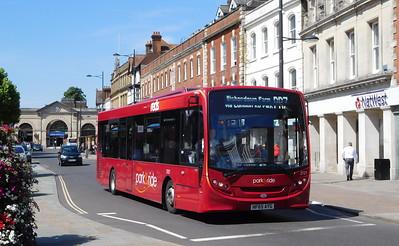 Salisbury Reds 2727 - HF65AYG - Salisbury (Blue Boar Row)