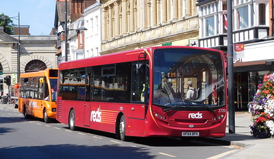 Salisbury Reds 2720 - HF64BPX - Salisbury (Blue Boar Row)