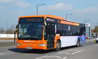 First in Berkshire 64047 - LK08FMG - Slough (Stoke Road)
