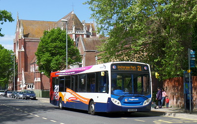 Stagecoach in Portsmouth 27871 - GX13AOR - Portsmouth (Bishop Crispian Way)