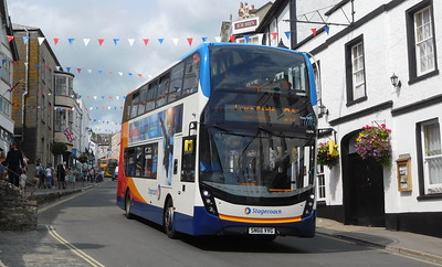 Stagecoach in Devon 10696 - SN66VVG - Lyme Regis (Broad St)