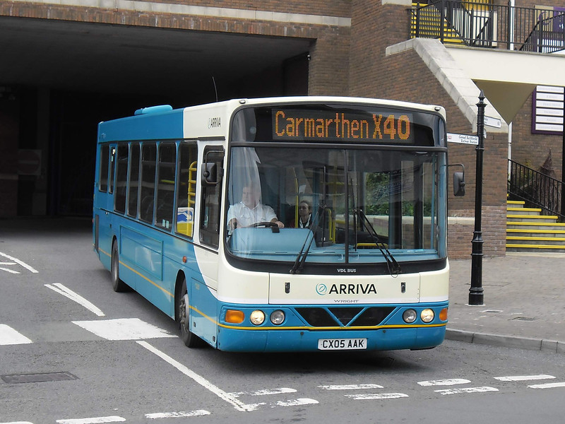 Arriva Cymru 2512 - CX05AAK - Carmarthen (bus station) - 6.8.11