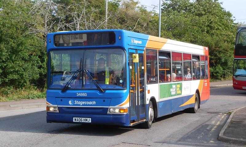 Stagecoach in Devon 34860 - WA06HMJ - Axminster (railway station)