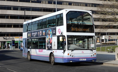 First Solent 32768 - WJ55CTF - Southampton (Central station)