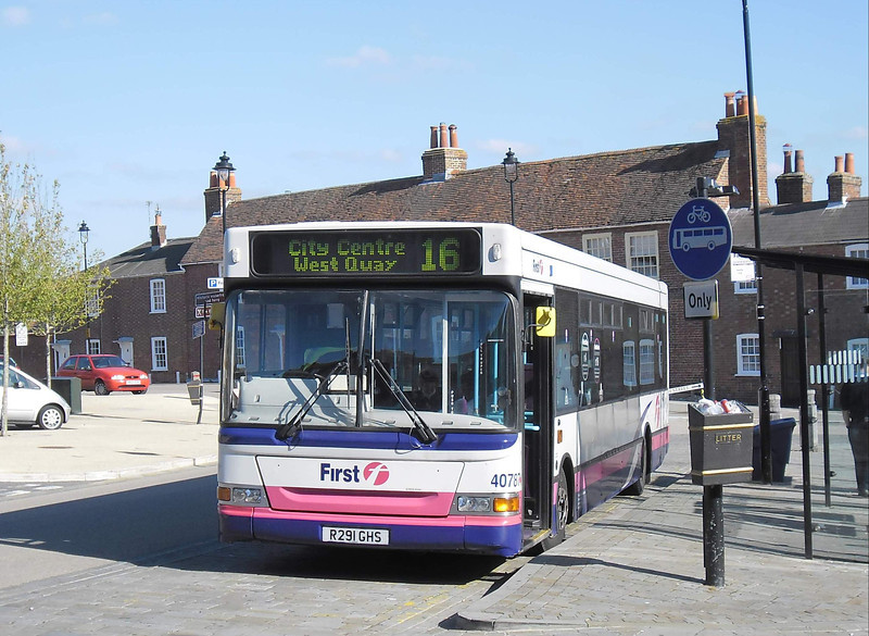 First Hants & Dorset 40787 - R291GHS - Hamble (Square) - 15.10.11