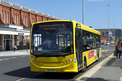 RATP Yellow Buses 30 - YX65RGZ - Bournemouth (railway station)