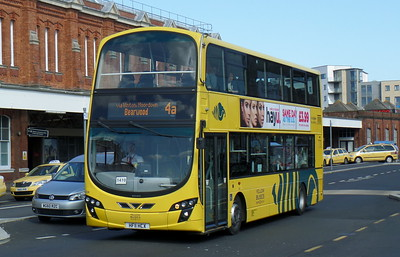 RATP Yellow Buses 124 - HF11HCX - Bournemouth (railway station)
