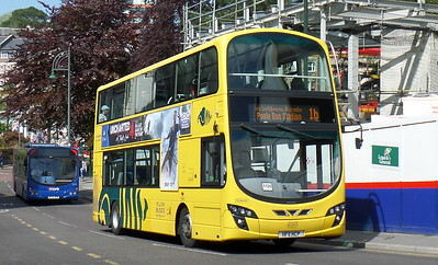 RATP Yellow Buses 121 - HF11HCP - Bournemouth (Gervis Place)