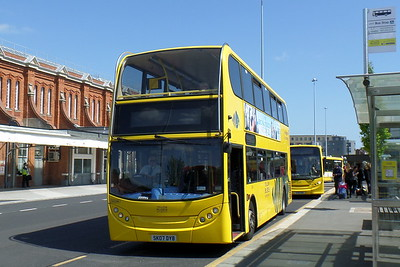 RATP Yellow Buses 186 - SK07DYB - Bournemouth (railway station)