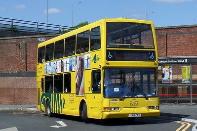 RATP Yellow Buses 412 - Y412CFX - Bournemouth (railway station)