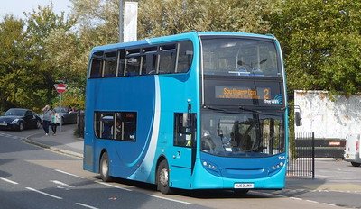 BlueStar 1565 - HJ63JNV - Eastleigh (railway station)