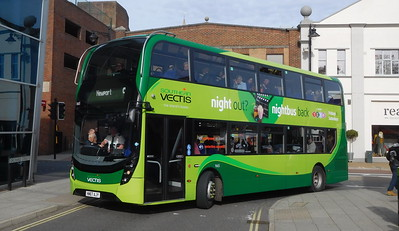 Southern Vectis 1665 - HW67AJY - Newport (bus station)