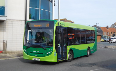 Southern Vectis 2715 - HW64AXG - Newport (bus station)