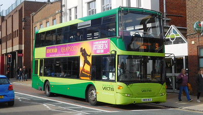 Southern Vectis 1149 - HW09BCE - Newport (South St)