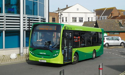 Southern Vectis 2717 - HW67AXJ - Newport (bus station)
