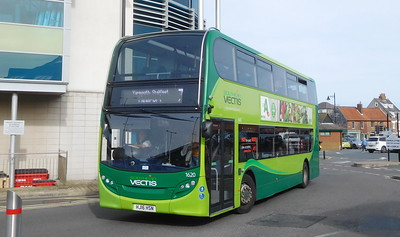 Southern Vectis 1620 - HJ16HSN - Newport (bus station)