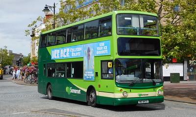 Buses of Somerset 32947 - MIG8433 - Taunton (parade)