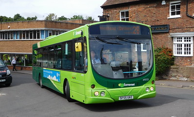 Buses of Somerset 69013 - SF55UAE - Taunton (Castle Way)