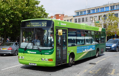 Buses of Somerset 40584 - HIG8790 - Taunton (parade)