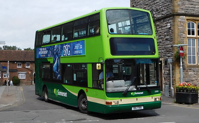 Buses of Somerset 32818 - OIG1788 - Taunton (Castle Way)