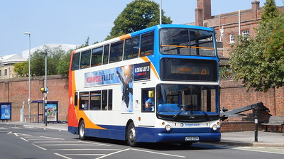 Stagecoach in Portsmouth 17740 - LY52ZDX - Portsmouth (Queen St)