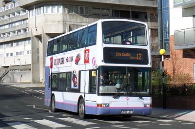 First Southampton 33183 - LR02LZC - Southampton (Central railway station)