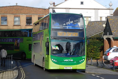 Southern Vectis 1579 - HW63FHA - Newport (bus station)