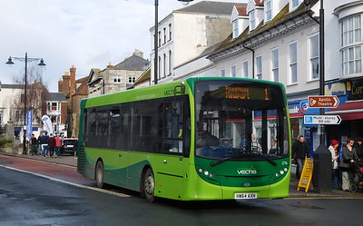Southern Vectis 2716 - HW64AXH - Newport (St. James' Street)