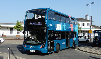 BlueStar (Unilink) 1202 - HF18FDV - Eastleigh (Station Hill)
