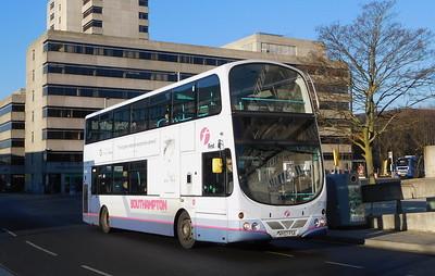 First Southampton 37165 - HY07FSX - Southampton (Central railway station)