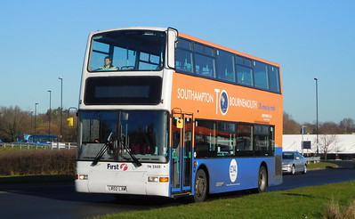 First Southampton 33153 - LR02LXM - Lordshill
