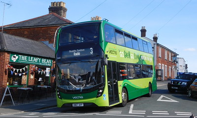 Southern Vectis 1660 - HW67AHY - Shanklin (Clarendon Road)