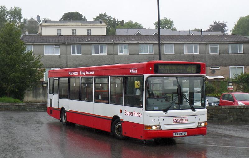 Plymouth Citybus 19 - R19OFJ - Tavistock