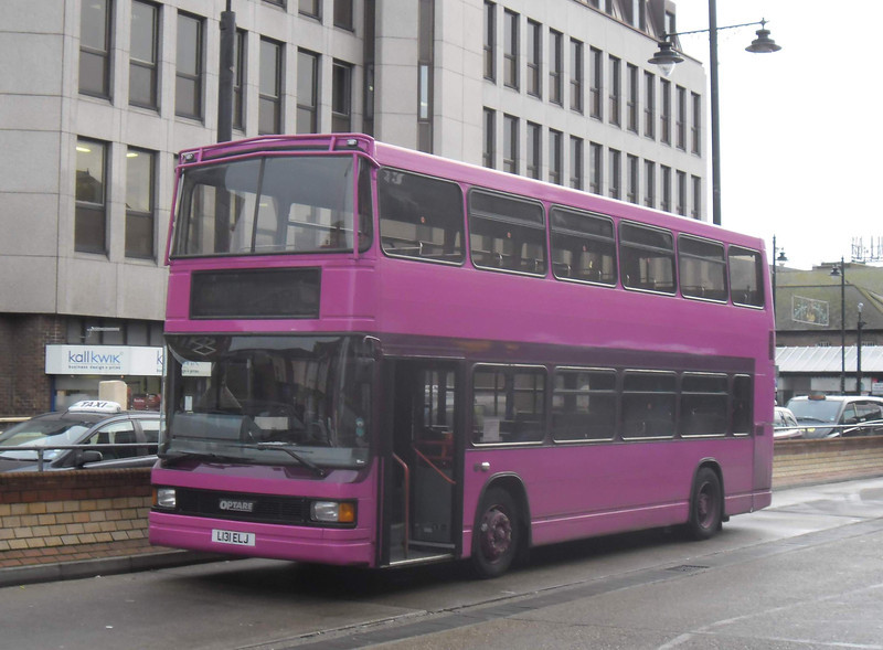Black Velvet Travel L131ELJ - Eastleigh (bus station) - 20.12.11
