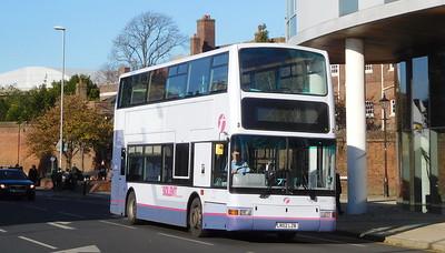 First Solent 33182 - LR02LZB - Portsmouth (Queen St)