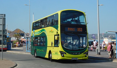 First Wessex 37998 - BF63HDX - Weymouth (King's Statue)