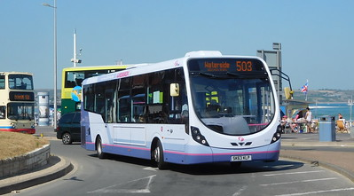 First Wessex 47411 - SK63KLP - Weymouth (King's Statue)