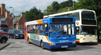 Stagecoach in Devon 34860 - WA06HMJ - Axminster (railway station)