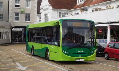 Southern Vectis 2717 - HW64AXJ - Cowes (Town Quay)